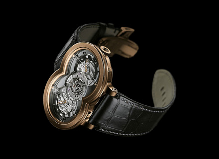 10.T41RL.O<br />18k red gold<br />Limited edition of 10 pieces