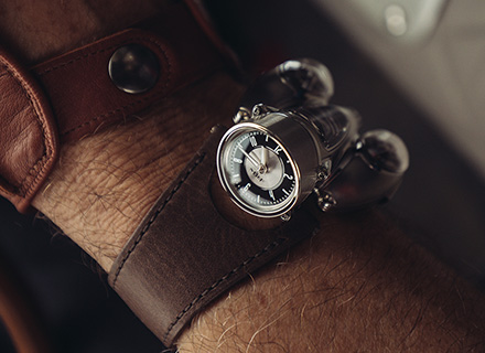 HM9 Road Edition<br>Wrist Shot 3