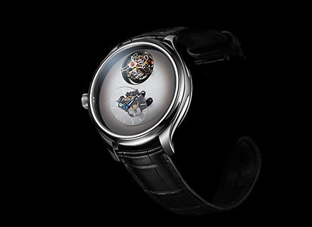 ENDEAVOUR CYLINDRICAL TOURBILLON<br>H.MOSER x MB&F<br>Off white