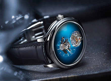 ENDEAVOUR CYLINDRICAL TOURBILLON<br>H.MOSER x MB&F<br>Funky blue